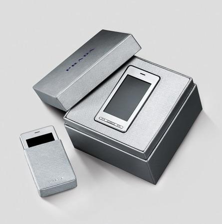 LG Prada silver