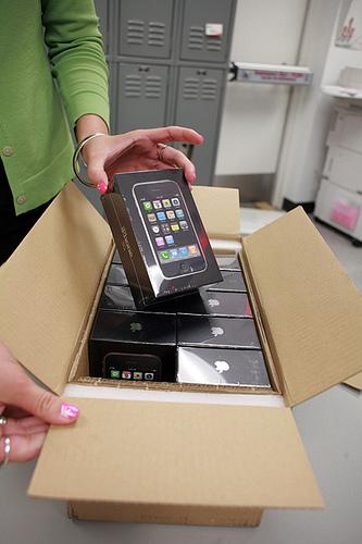 iphone 3g unpacking