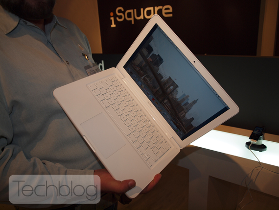 New MacBook 2009