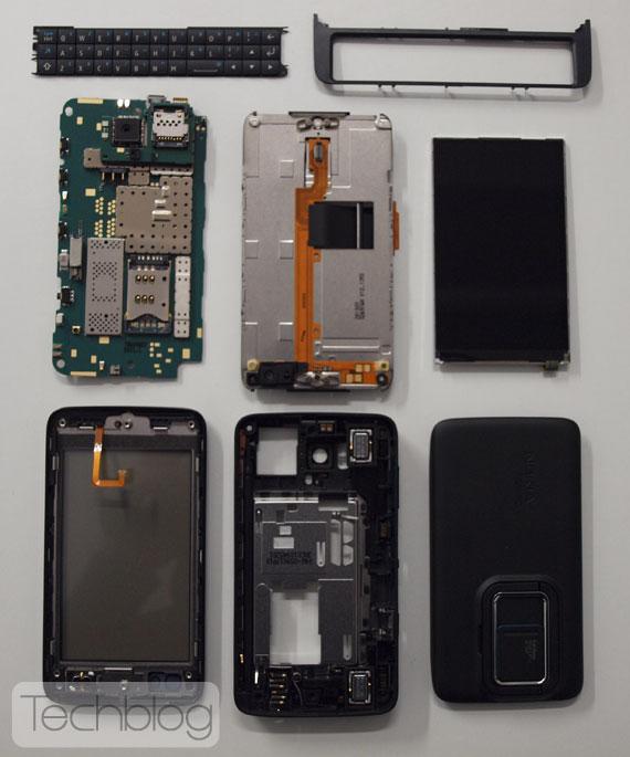 Nokia N900 teardown