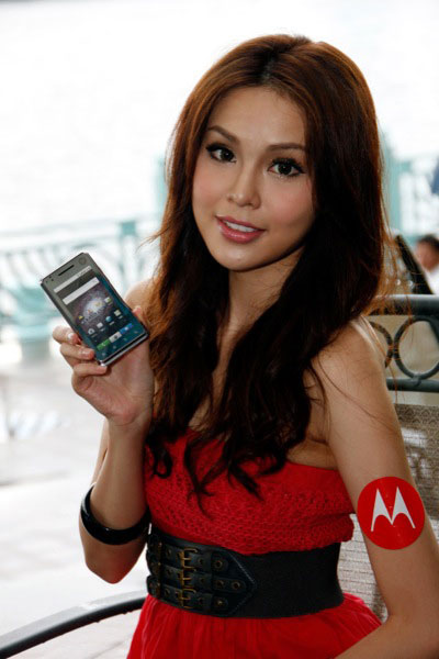Motorola XT720 babes