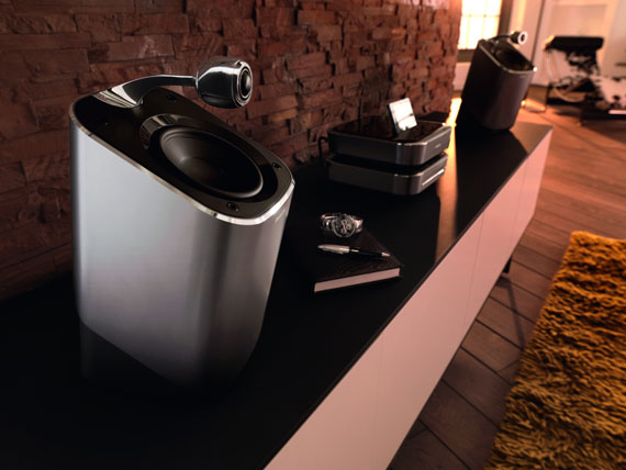 Philips SoundSphere MCi900 lifestyle