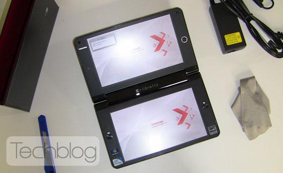 Toshiba Libretto W100 unbox