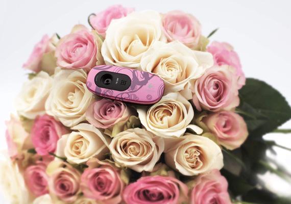 Logitech Pink Balance webcam bouquet