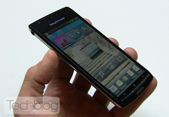 Sony Ericsson XPERIA Arc Techblog.gr