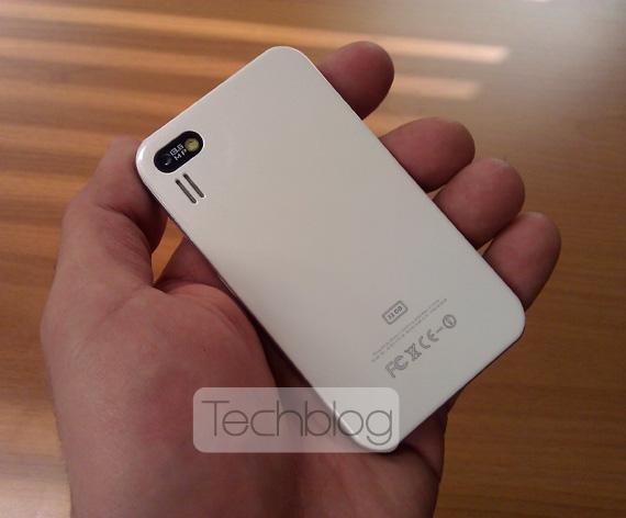 iPhone 4 mini clone