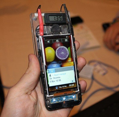 Solar Power brought to mobile phones