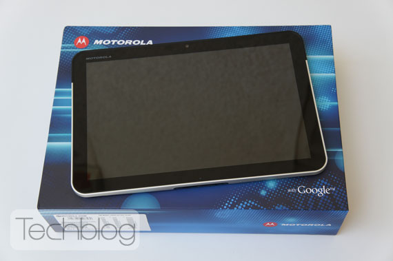 Motorola Xoom box unbox Techblog.gr