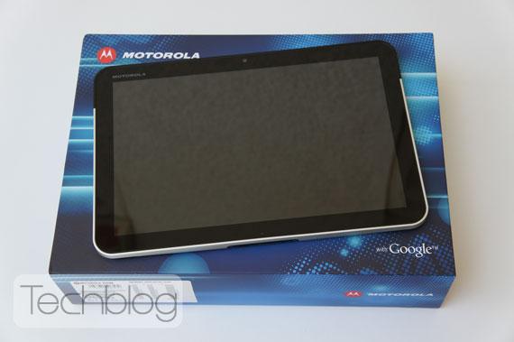Motorola Xoom box unbox Techblog.gr