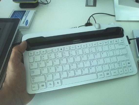 Samsung-Galaxy-Tab-Keyboard-Techblog
