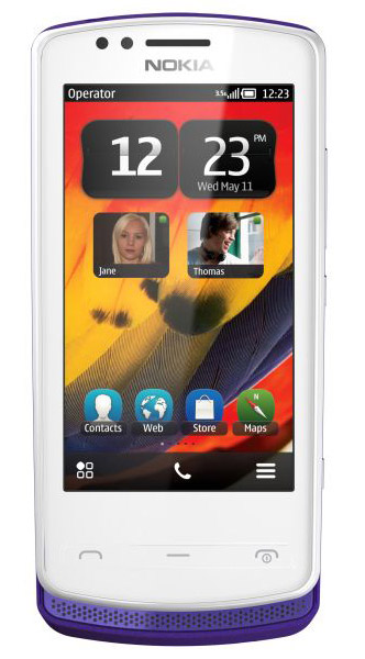 Nokia 700, Με Symbian Belle, οθόνη Clear Black και NFC