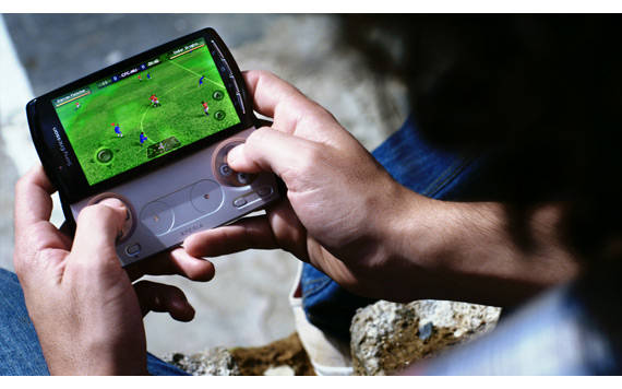 Sony Ericsson Xperia Play, 200 διαθέσιμοι τίτλοι games
