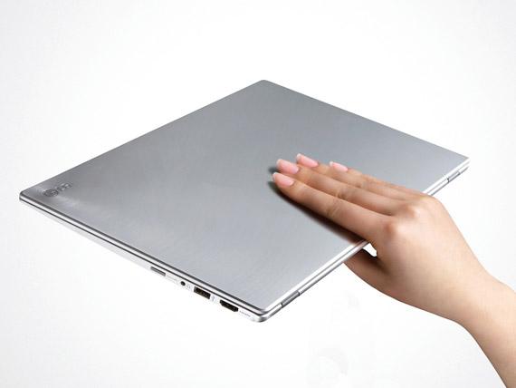 LG Z330 Super Ultrabook, Με οθόνη 13 ίντσες και Intel Core i7
