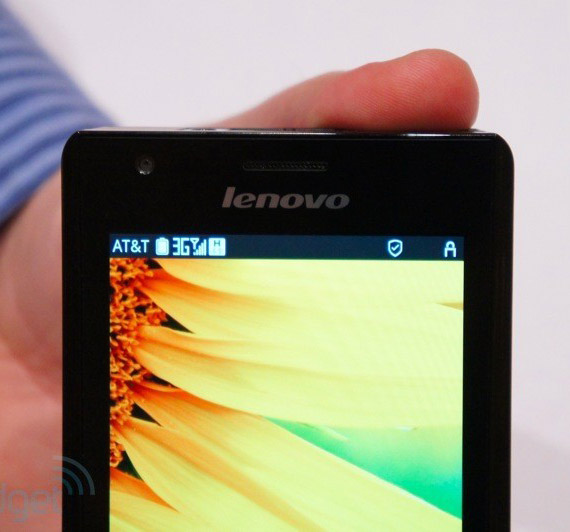Lenovo K800, Android smartphone με τον νέο επεξεργαστή Intel Medfield