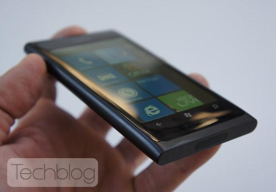 Nokia Lumia 800 ελληνικό βίντεο παρουσίαση