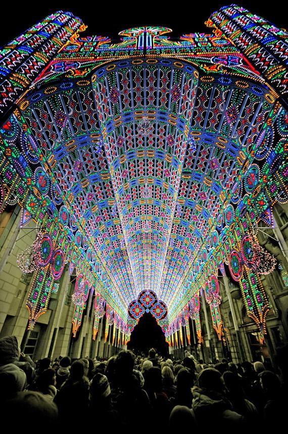 Belgium Light Festival, Ένας καθεδρικός ναός φωτισμένος με 55.000 LED