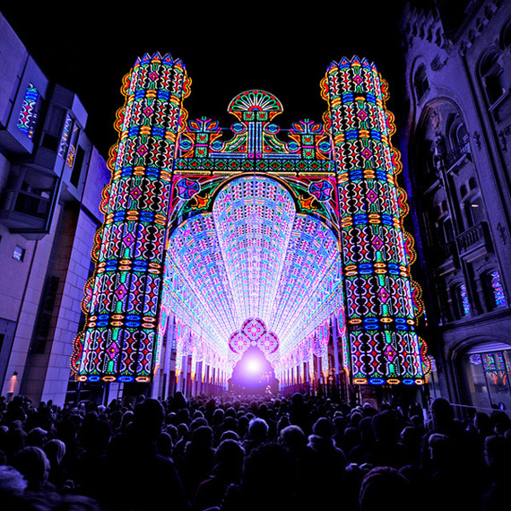http://techblog.gr/wp-content/uploads/2012/02/Belgium-Light-Festival-LED-2.jpg