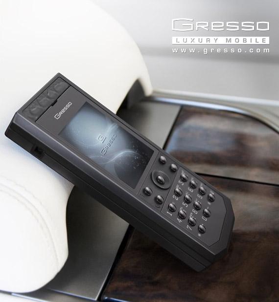 Gresso Pure Black phone, Κινητό αξίας 2700 δολαρίων Αμερικής