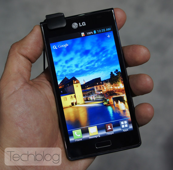 LG Optimus L7 ελληνικό βίντεο παρουσίαση [MWC 2012]