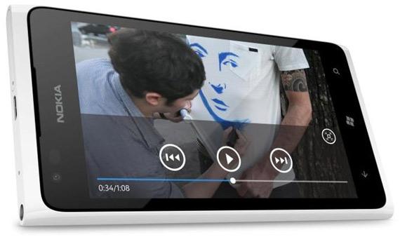 Nokia Lumia 900, Έρχεται Ευρώπη και στο λευκό χρώμα