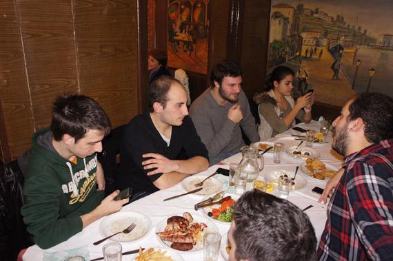 Techblog κοπή πίτας 2012, Η τεχνολογία μας ενώνει