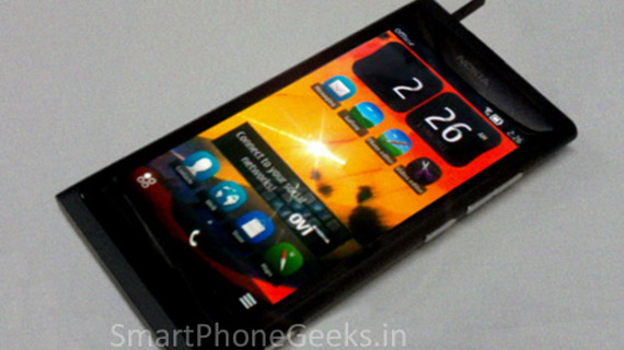 Nokia 801, Με λειτουργικό σύστημα Belle και το σασί των Lumia 800/ Ν9