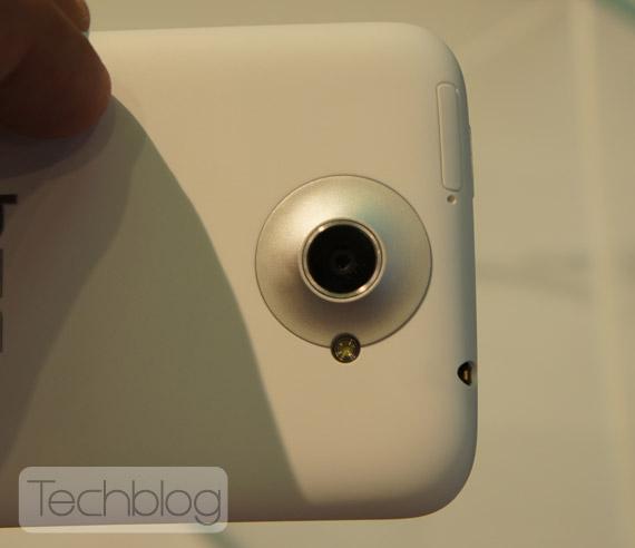 HTC One X φωτογραφίες hands-on