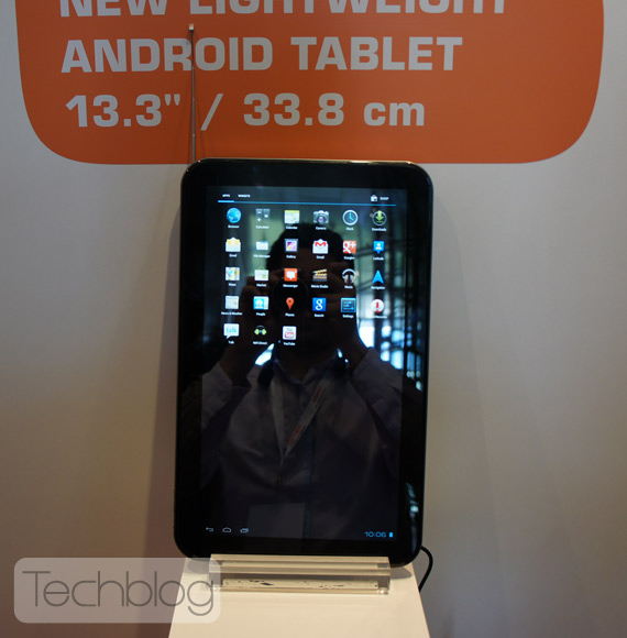 Toshiba AT330 Android tablet με οθόνη 13.3 ίντσες hands-on