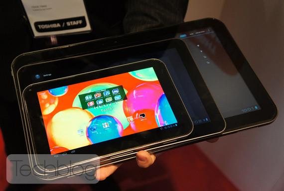 "Toshiba AT330 13.3"" tablet, Σύγκριση με οθόνες 10.1"" και 7.7"""