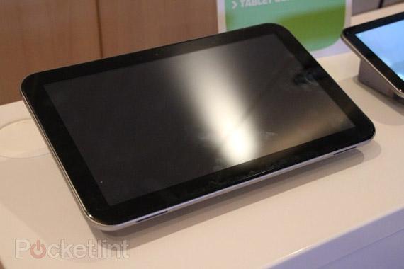 Toshiba τετραπύρηνο tablet με οθόνη 13.3 ίντσες