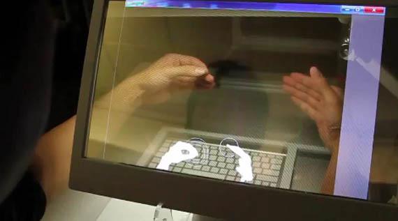 Διαφανές 3D desktop PC στα ερευνητικά κέντρα του Microsoft