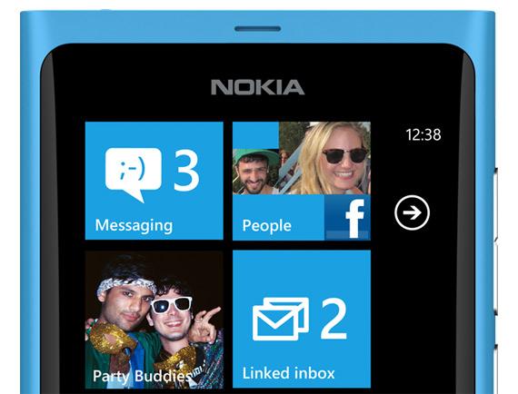 Ευρωπαίοι operators, Τα Nokia Lumia δεν είναι σε θέση να ανταγωνιστούν iPhone και Android
