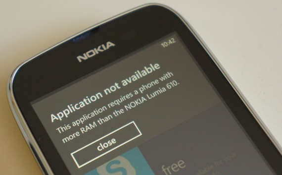 Nokia Lumia 610, Θα πάρει ειδική έκδοση του Angry Birds για τα 256ΜΒ RAM