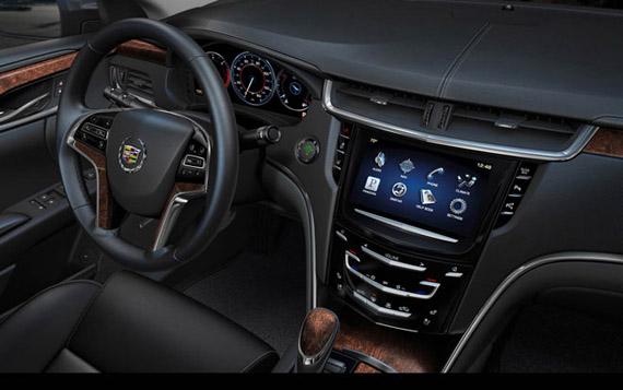 Cadillac XTS 2013, Ένα όχημα που τρέχει με λειτουργικό Linux