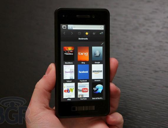 RIM, Καθυστερήσεις στην εμφάνιση του BlackBerry 10 και αρνητικό κλίμα