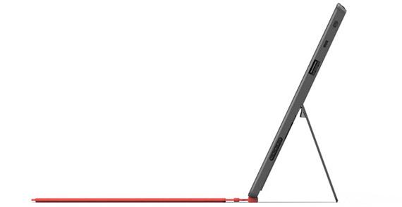 Microsoft Surface tablet, Χτυπάει εκεί που πονάει ο ανταγωνισμός