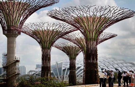 Τεχνητά super δέντρα σε πάρκο της Σιγκαπούρης