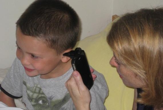 Διάγνωση ωτίτιδας και άλλων παθήσεων του αυτιού με το smartphone