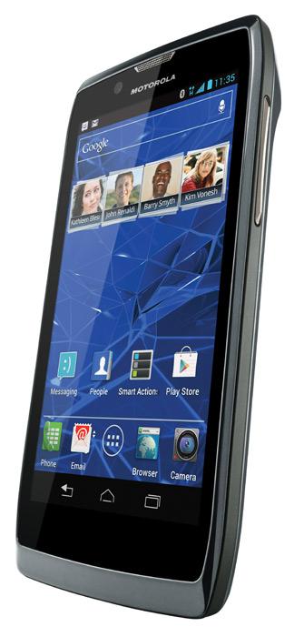 Motorola RAZR V, Με Kevlar και πάχος μόλις 8.35 χλστ.