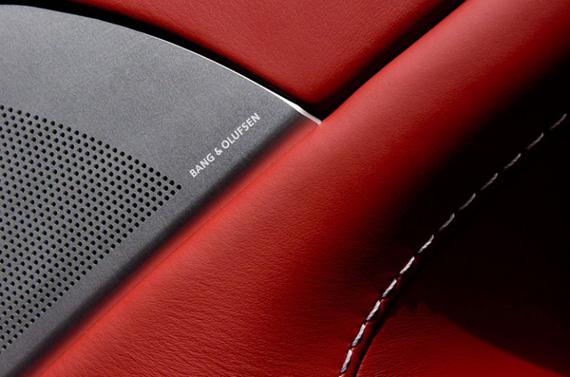 Aston Martin Vantage V12 Roadster, Επειδή είναι καλοκαίρι και πάντοτε θαύμαζες τον James Bond...