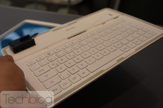 Archos 101 XS πρώτη επαφή hands-on [IFA 2012]