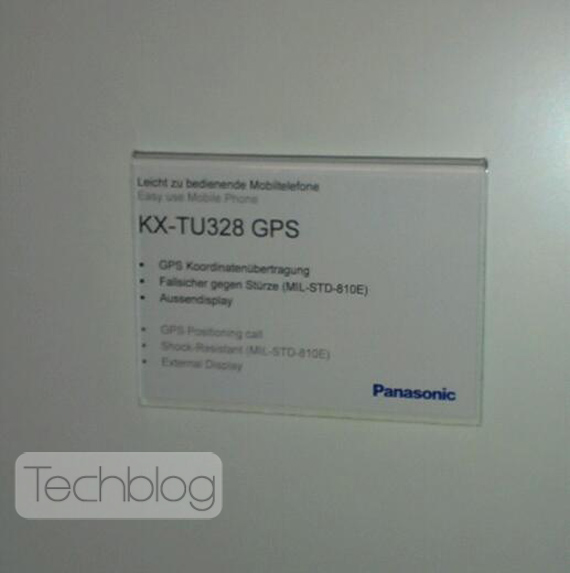 Panasonic KX-TU 328 GPS, Ένα απλό clamshell κινητό-πλοηγός
