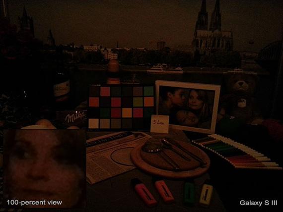 Συγκριτική φωτογράφιση στο σκοτάδι μεταξύ Nokia Lumia 920, 808 PureView, iPhone 5, HTC One X και Galaxy S III