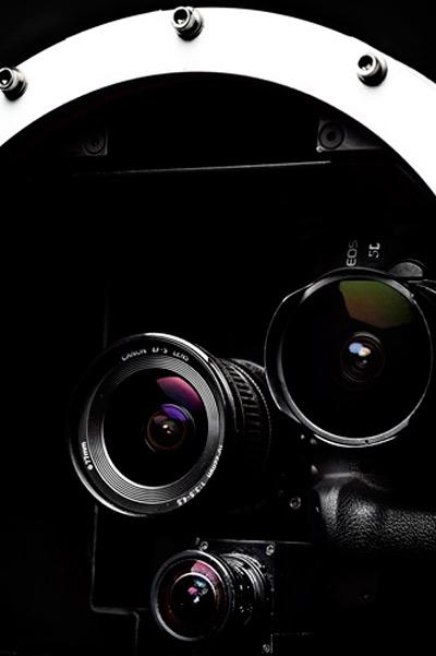 Με Canon EOS 5D οι φωτογραφίες του Felix από τη στρατόσφαιρα