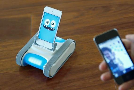 Romotive Romo, Το ρομπότ που έχει για εγκέφαλο ένα iPhone