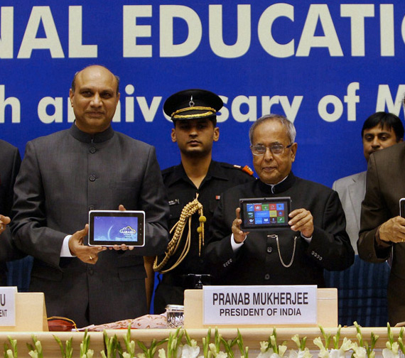 Aakash 2.0, Android tablet από την Ινδία με αγάπη και τιμή 15 ευρώ