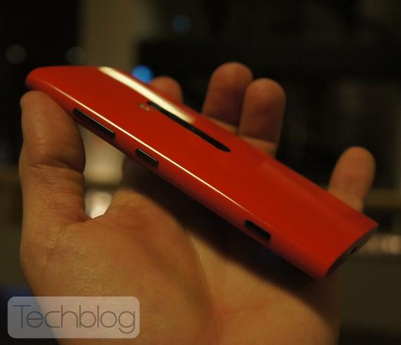 Nokia Lumia 920 και HTC 8X, Πρώτες εντυπώσεις