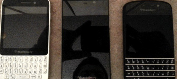 BlackBerry 10 smartphones, Ποζάρουν σε οικογενειακή φωτογραφία πριν την επίσημη ανακοίνωση