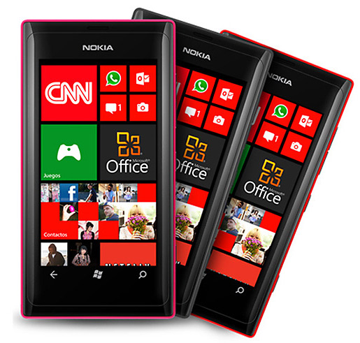 Nokia Lumia 505, Με οθόνη 3.7 ιντσών και Windows Phone 7.8