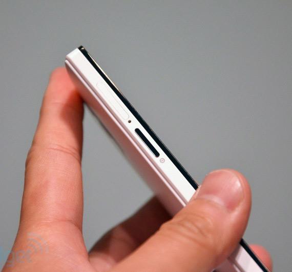 OPPO Find 5, Φωτογραφίες hands-on από το Engadget